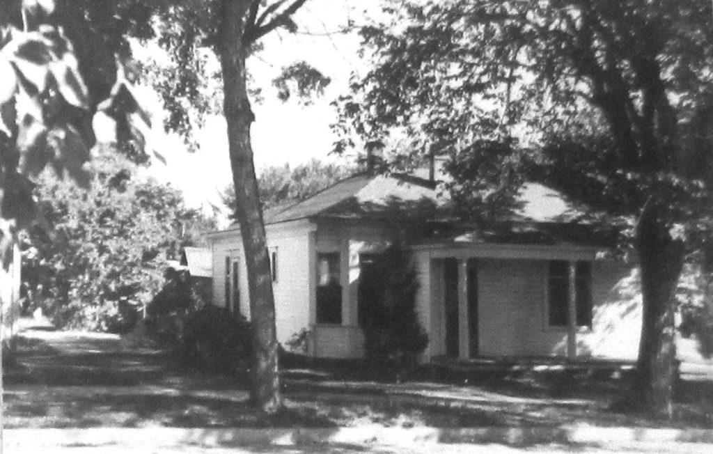 109 E. Cleveland in 1948.