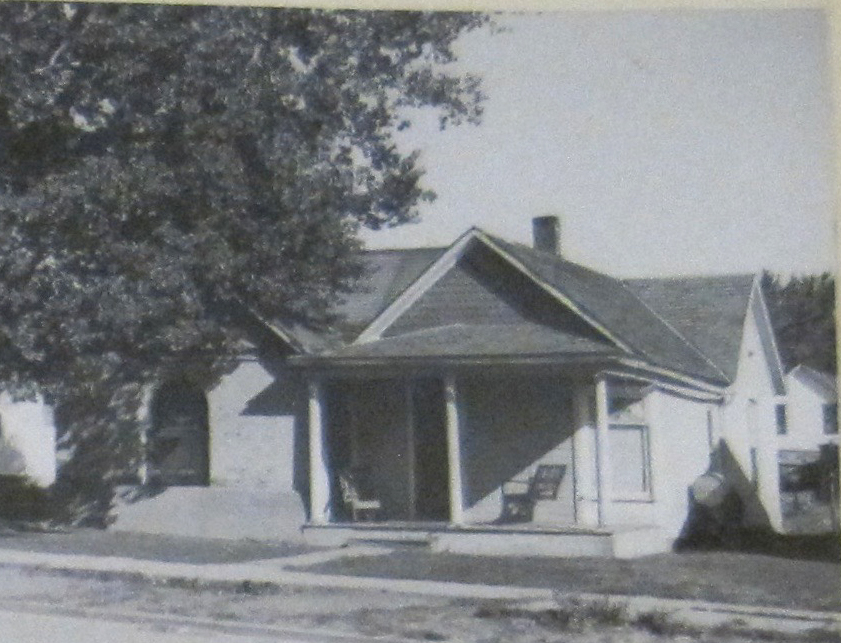 The Metcalf House shown in 1948.