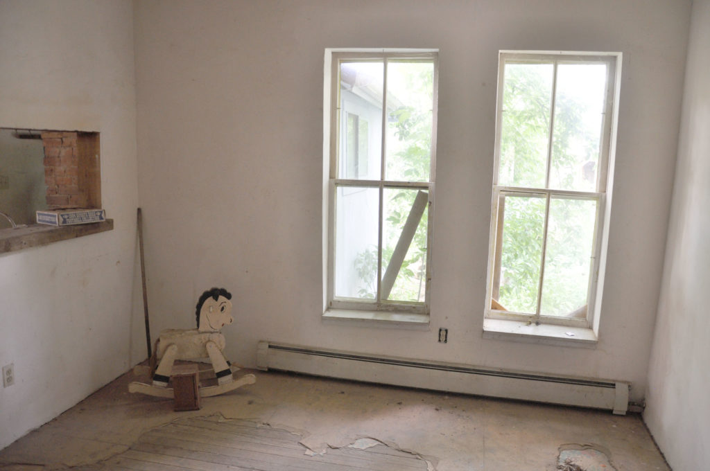 The dining room at 207 east Simpson before renovation.