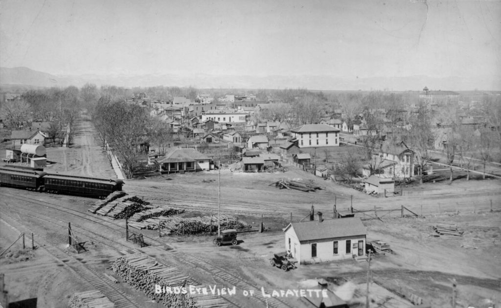The Simpson mine scale house is at the lower right in this birdseye view of Lafayette Postcard mailed in 1921. Kathleen Carrier collection from the Lafayette Miners Museum.