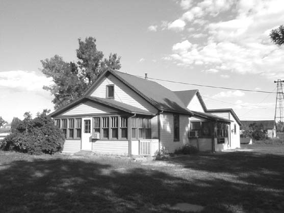 Clancy Waneka's house in its original location, about where today's Wendy's on S. Boulder Road is located.